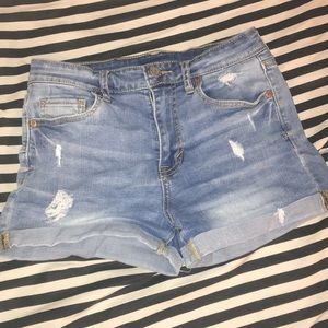 High waisted aéropostale shorts